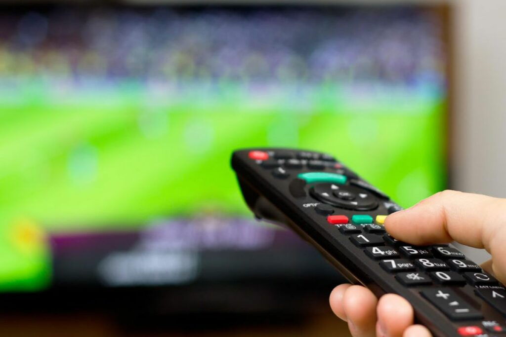 How to watch live football matches for free on PC/Mobile – Geekymint